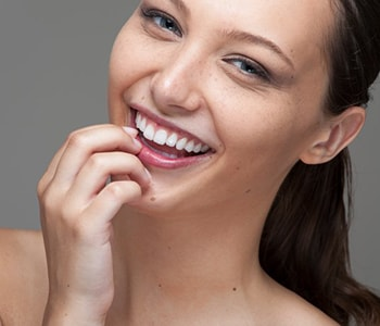 Cosmetic Dentistry at Farmington Hills
