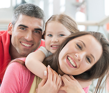 Dr Richard S. Bernstein D.D.S Providing Family Dentistry Treatment